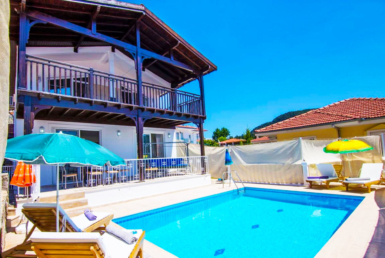 3-bedroom villa Uzumlu