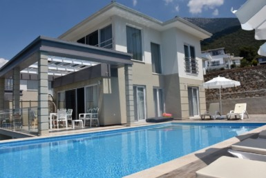 Superb 4 bedroom luxury villa in Ovacik