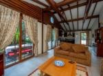 Hotel for sale in Kaya
