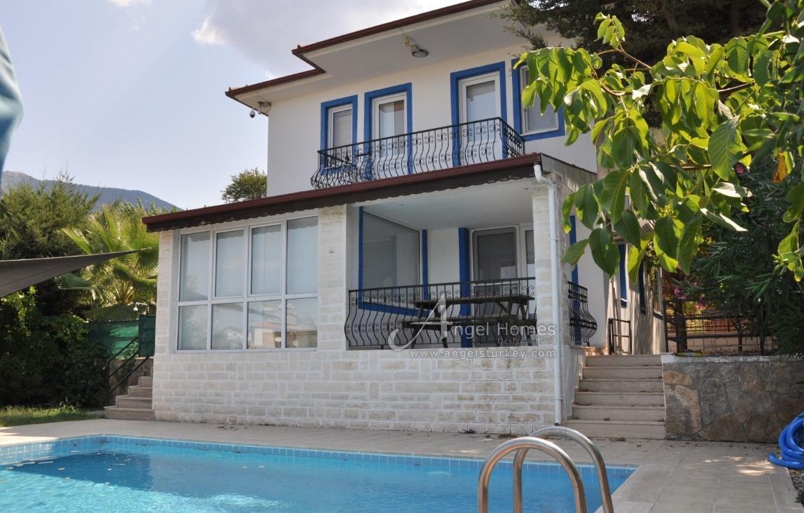 3 bedroom detached villa